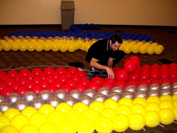 Balloon Wall | Celebrate The Day with Balloons Blog